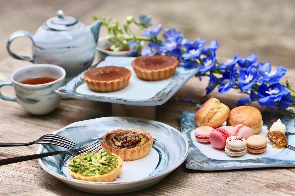 Gourmet Delivery Tea Set